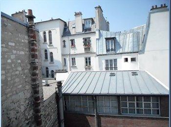 Chambre/cuisine centrale 50 m métro Place de Clichy