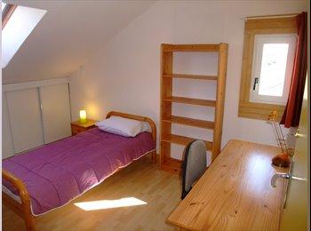 Appartager FR - Chambres & Co , Avrillé - 280 € /Mois
