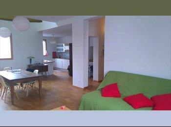 Bel appartement très grand à partager