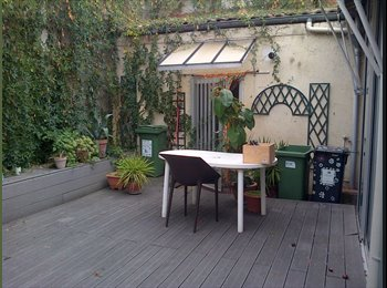 Appartager FR - loue grande chambre et salle d'eau dans echoppe bordelaise , Bordeaux - 400 € /Mois