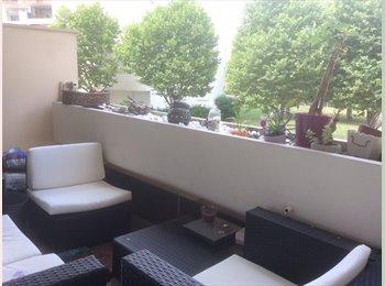 Appartager FR - Loue chambre , Vaulx-en-Velin - 350 € /Mois