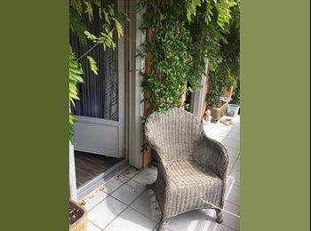Appartager FR - BELLE CHAMBRE de 15 m² Plein Sud avec Balcon sans vis à vis, Aix-en-Provence - 450 € /Mois