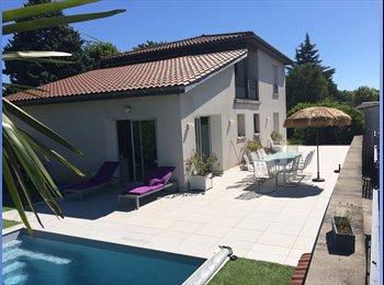 Appartager FR - Maison  proche toutes commodités à 15 mn de Lyon, Feyzin - 500 € /Mois