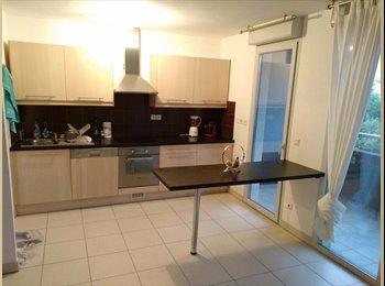 Appartager FR - Joli appartement T3 de 66m2 situé hôtel de ville, proche du tram., Montpellier - 450 € /Mois