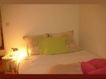 Appartager FR - Chambre Douillette /  Nice  Bedroom / Camera Graziosa, Paris - 620 € /Mois