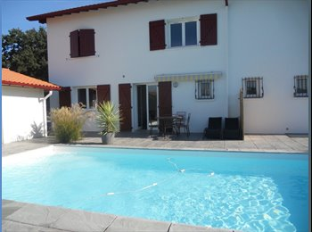 Appartager FR - Bonjour, Cambo-les-Bains - 400 € /Mois