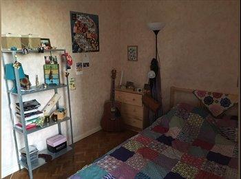 Appartager FR - Chambre meublée dans colocation T5, Toulouse - 310 € /Mois