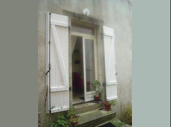 Appartager FR - Colocation: Grande maison à partager , Quimperlé - 300 € /Mois