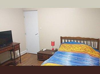 Appartager FR - Loue chambres meublées en banlieue de Nancy, Dombasle-sur-Meurthe - 239 € /Mois