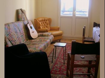 Appartager FR - location ou colocation chambre meublée individuelle pour étudiant, Tours - 390 € /Mois