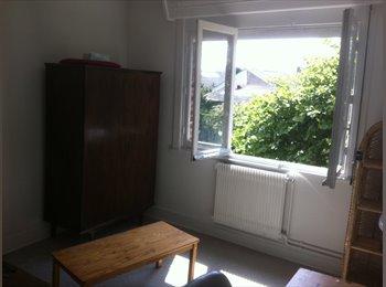 Appartager FR - Particulier loue une chambre meublee en colocation, Dunkerque - 360 € /Mois