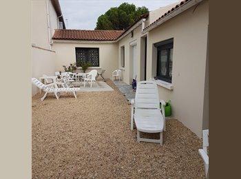 Appartager FR - 2 chambres dans colocation 3 mois, Puilboreau - 400 € /Mois
