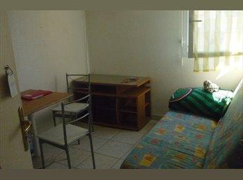 Chambres meublées dans résidence avec piscine et parc