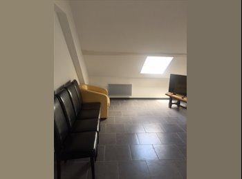 Appartager FR -  Chambre meublée dans F5 rénové à neuf, Saint-André-les-Vergers - 360 € /Mois