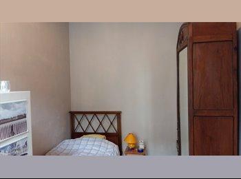Appartager FR - chambre, Bordeaux - 350 € /Mois
