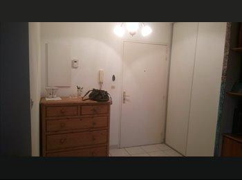 Loue chambre meublée dans un appartement de 75 m 2