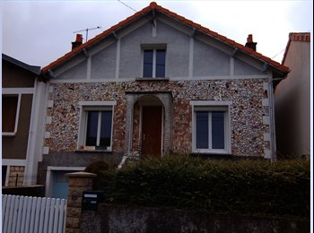 Appartager FR - Colocation sympa nature/jardin, Buxerolles - 380 € /Mois