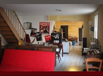 Appartager FR - Coloc dans maison de 120m² avec Jardin, Saint-Denis-de-Pile - 330 € /Mois
