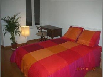 Appartager FR - Bel appartement rénové dans quartier sympa, Brest - 300 € /Mois