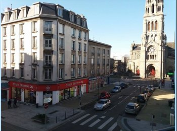 Appartager FR - Très bel appartement rénové à St-Martin, Brest - 230 € /Mois