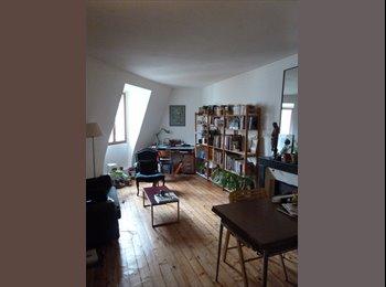 Chambre Paris 6ème /  10 m² meublée