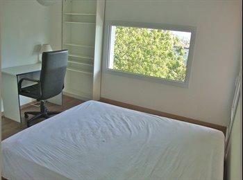 Appartager FR - Colocation chambre meublée  à La Tonche, La Tronche - 350 € /Mois