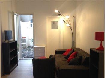 Appartager FR - Joli studio avec terrasse , Nice - 650 € /Mois