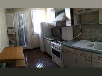Appartager FR - Colocation / Grenoble  sur le cours Jean PERROT, Poisat - 280 € /Mois