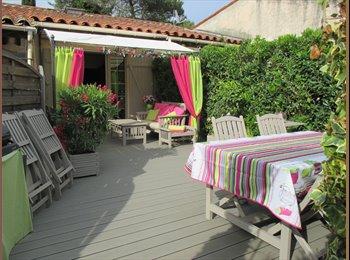 Appartager FR - villa dans copropriété avec piscine, Biot - 450 € /Mois