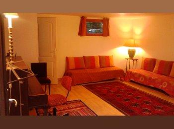 Appartager FR - loue chambre dans pavillon, Avon - 350 € /Mois