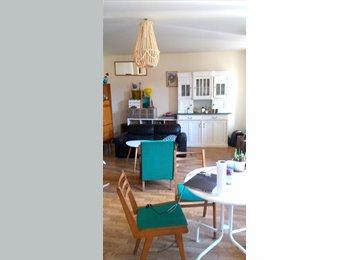 Chambre dans appartement meublé avec jardin au cente ville