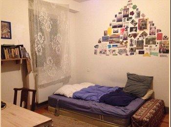 Appartager FR - Chambre 12m² en colocation sypma et verte au centre bayonne , Bayonne - 400 € /Mois