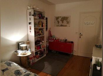 Chambre 18ème meublée 4 mois (flexible) dans super coloc