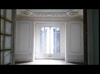 Appartager FR - Une chambre se libère dans notre colocation à 5, Marseille - 420 € /Mois