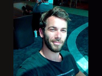 Appartager FR - Jean-Charles - 27 - Bordeaux