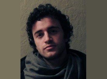 Thomas - 25 - Etudiant
