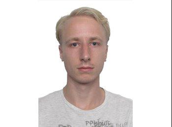 Dmitry - 25 - Etudiant