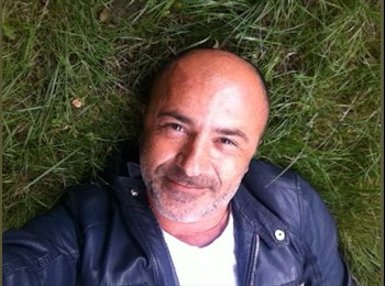 Appartager FR - Olivier - 48 - Paris - Ile De France
