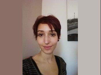 Anna - 28 - Salarié