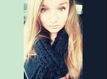 Stephanie - 18 - Etudiant