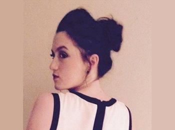 Laura - 21 - Etudiant