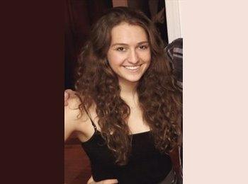 Elisabeth - 20 - Etudiant