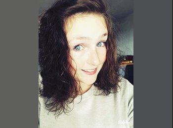 Noelie - 18 - Etudiant(s)