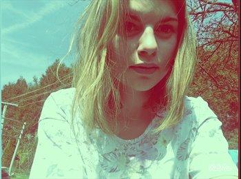 Clara - 18 - Etudiant(s)