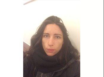 Nathalie - 34 - Salarié
