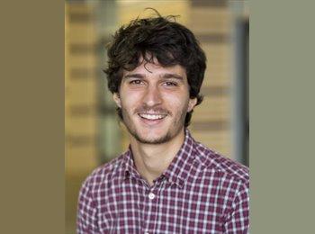 Nicolas - 24 - Etudiant(s)