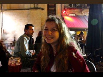 Camille - 18 - Etudiant(s)