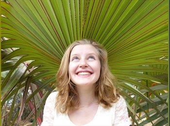 Hannah - 19 - Etudiant(s)