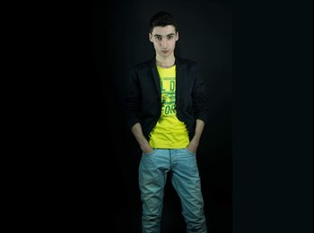 Antoine  - 19 - Etudiant(s)
