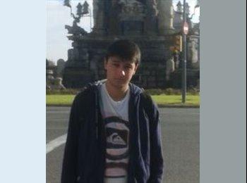 Juan - 21 - Etudiant(s)